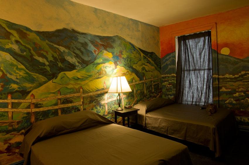 carlton-arms-hotel-room-11B-rafael-gluckstern