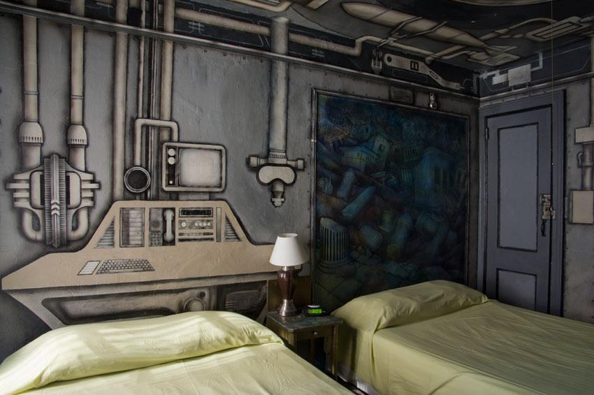 carlton-arms-hotel-room-4D-brian-damage